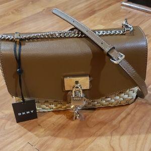 DKNY Women's Leather Chain Shoulder Handbag.